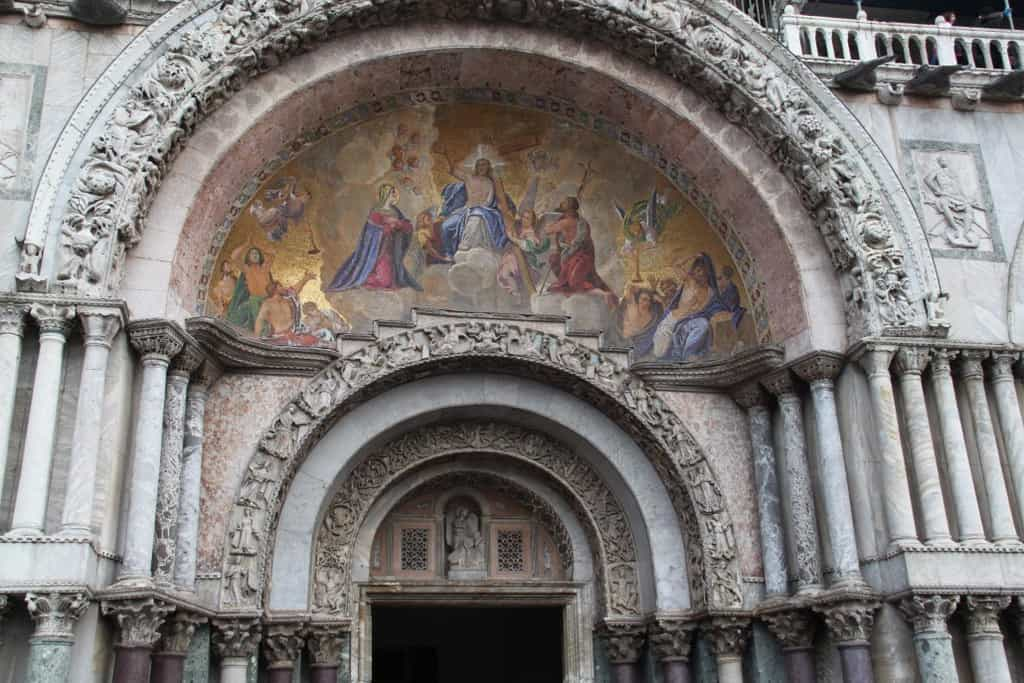 Detalhe da fachada da Basílica de San Marco