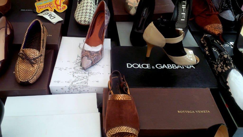 Venda de sapatos de grife (coleções passadas)