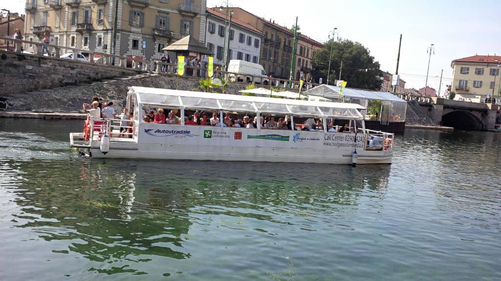 milao-passeio-de-barco