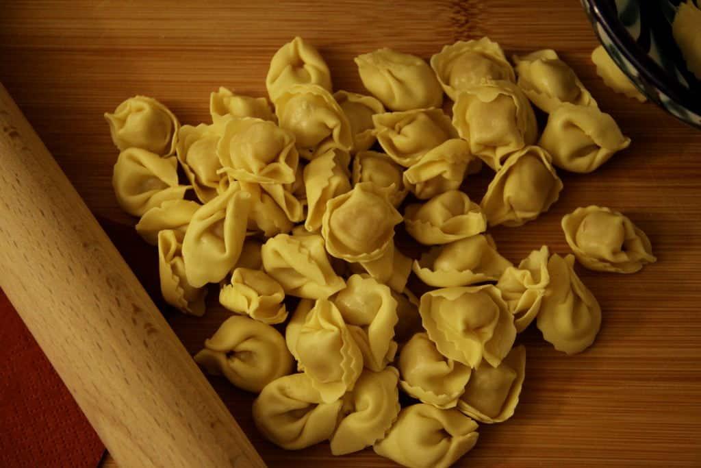 pratos tipicos italianos-tortellini
