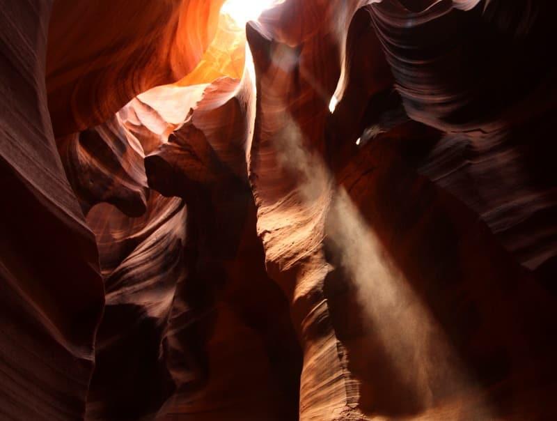 facho de luz no Antelope Canyon
