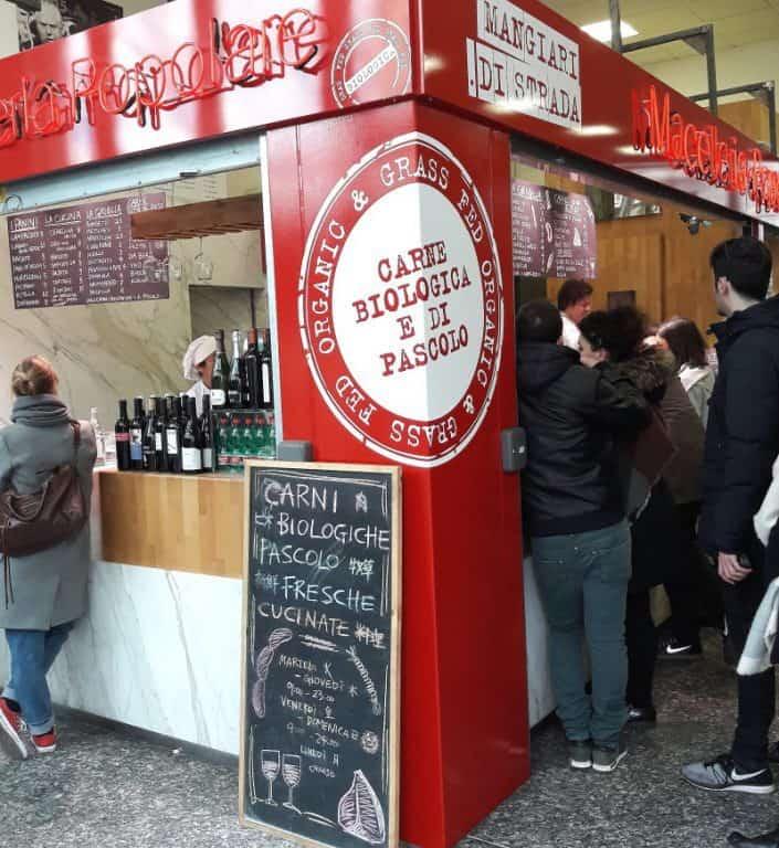 Lanchonete ; mercado gourmet de Milão