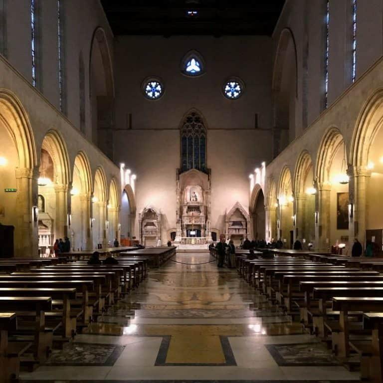 roteiro em Nápoles - basílica de Santa Clara