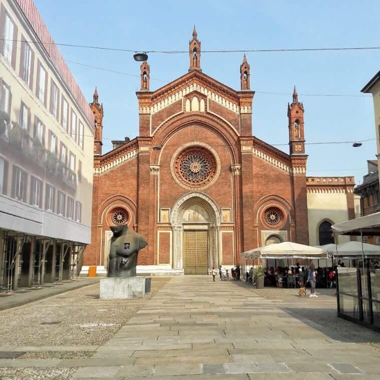 Via Mercato