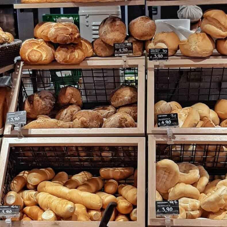 pães italianos